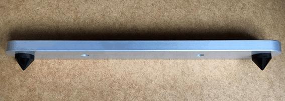 Boxenfuss- Trägerriegel aus Aluminium, eloxiert